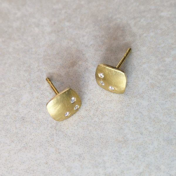 18ct Brushed Gold Soft Square Diamond Ear Studs -- 3 round brilliant cut diamonds sparkle in each of these 18ct Brushed Gold Soft Square ear studs. One of my favourites. Handmade. Ear studs measure 7mm by 7mm and come with large earring backs for comfort and security. David Wilson Jewellery Shop